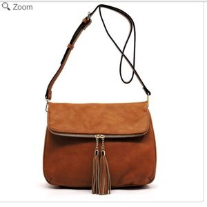Handbags - NEW Tassel Zip Bifold Crossbody Bag